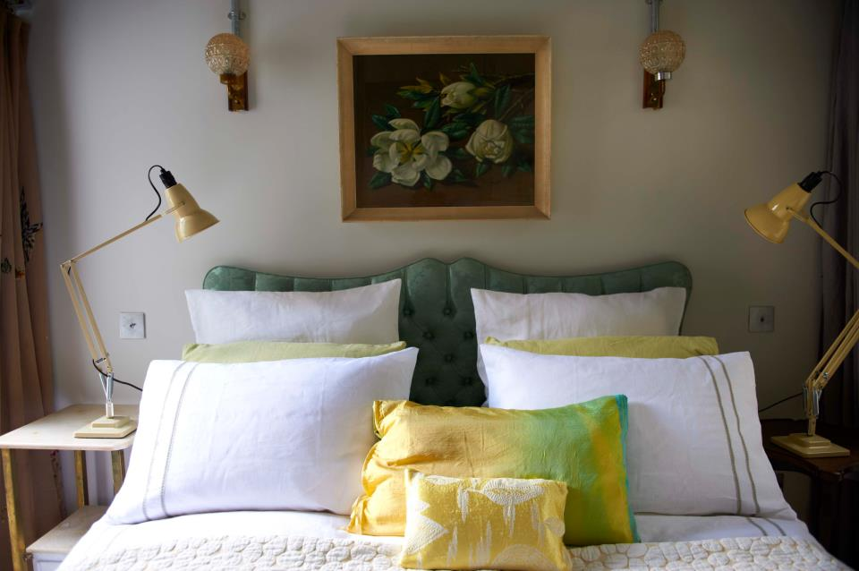 Debi Treloar's B & B Apartment Tour