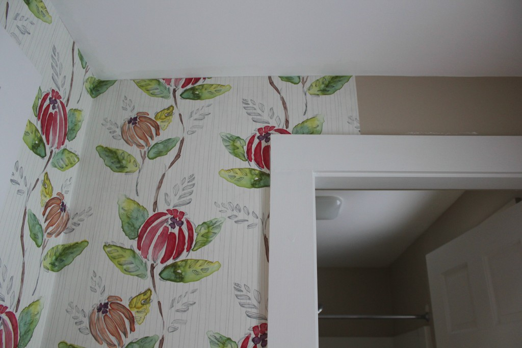 wallpapering the hallway: At Home on the Bay