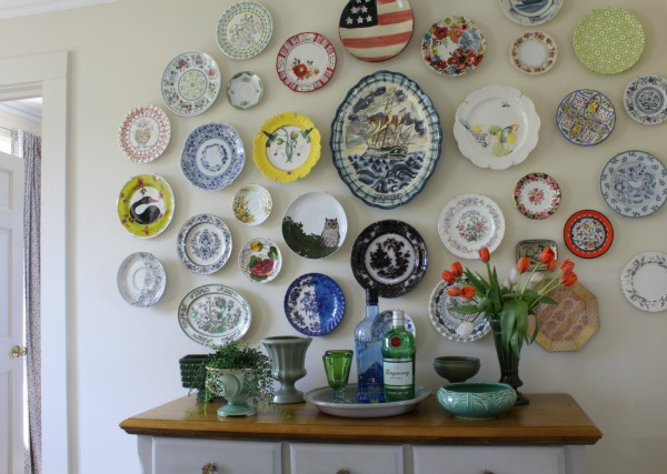 dining room plate wall: At Home on the Bay