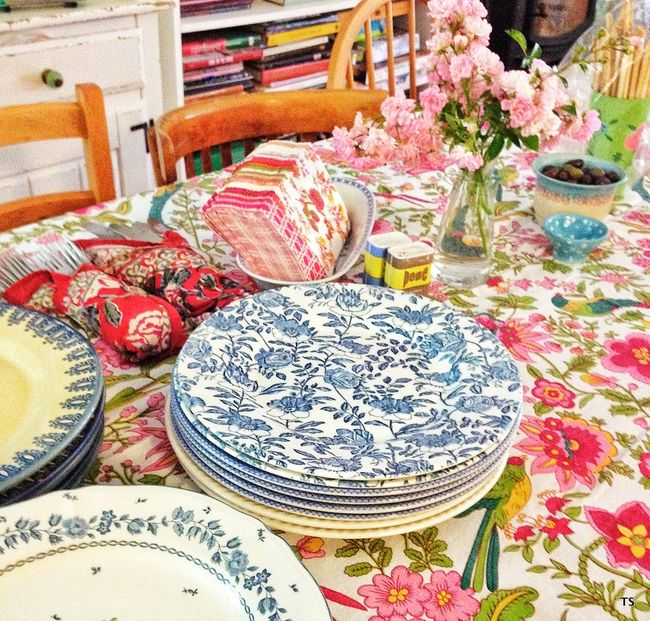 table setting - Nest Pretty Things