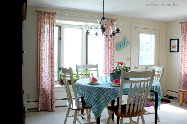 kitchen tour: At Home on the Bay