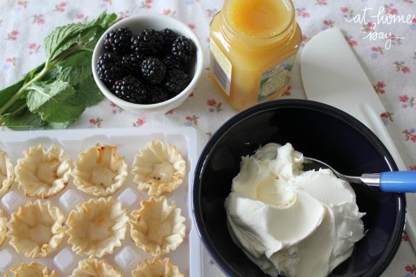 easy lemon and blackberry mini tarts