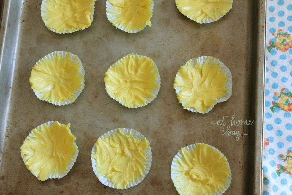 edible sunflower cupcake-toppers