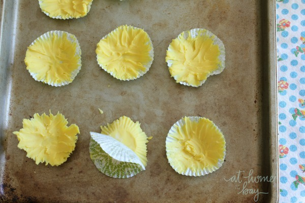 edible-sunflower cupcake toppers