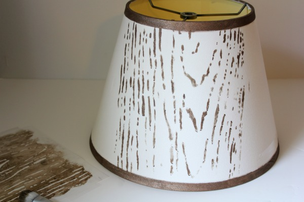 faux wood stenciled lampshade tutorial