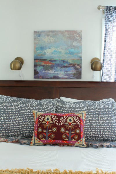 colorful eclectic bedroom